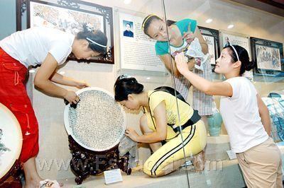 淄博陶瓷展裸体模特助展